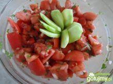 Sałatka pomidorowa z natką pietruszki