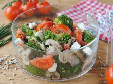 Sałatka pomidorowo - brokułowa