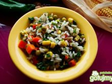 Sałatka ryżowa kolorowa dla wegan
