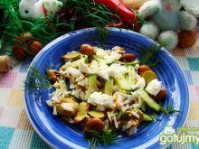 Sałatka ryzowa z bobem i serem feta
