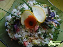 Sałatka ryżowa z cukinią