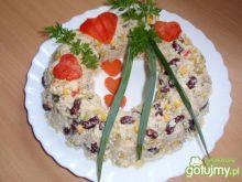 Sałatka ryzowa z czerwoną fasolą