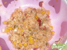 Sałatka ryżowa z mięsem