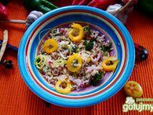 Sałatka ryżowa z rzodkiewka i porem