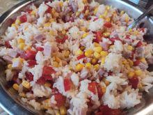 Sałatka ryżowa z sosem musztardowym
