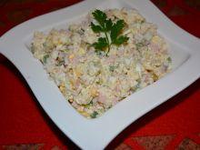 Sałatka ryżowa ze śledziem