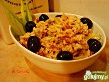 Sałatka ryżowa ze smażonym boczkiem