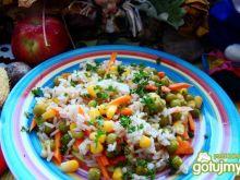 Sałatka ryżowo-warzywna