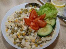 Sałatka śledziowo-gruszkowa z sosem czos