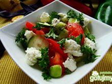 Sałatka śniadaniowa z serem białym