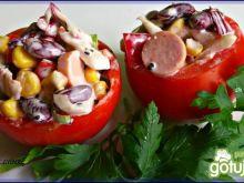 Sałatka w pomidorze