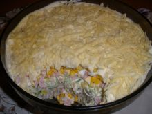 Sałatka warstwowa z serem