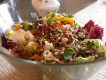 Sałatka warzywno owocowa z makaronem ryżowym