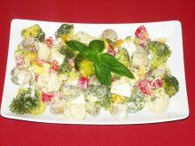 Sałatka warzywno pieczarkowa