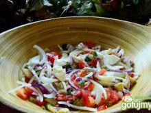 Sałatka warzywno śledziowa z oliwą