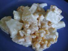 Sałatka z ananasem, szparagami i kukurydzą