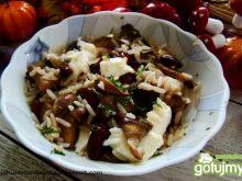 Sałatka z bakłażana pieczarek i ryżu