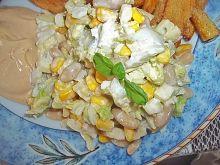 Sałatka z białą fasolką