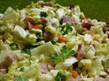 Salatka z biala kielbasa i pekinska