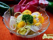 sałatka z białej rzodkwi i papryki