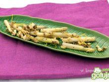 Sałatka z białych szparagów