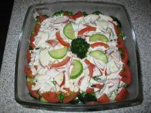 Sałatka z brokułem i pomidorem
