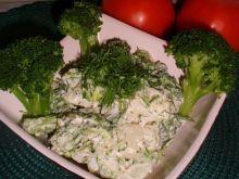 Sałatka z brokułem ,koprem i ziemniakami