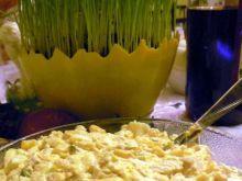Sałatka z cebulkami marynowanymi