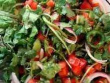 Salatka z chilli, pomidorow i pekinki