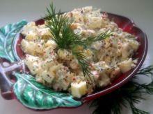 Sałatka z ciecierzycy z białymi warzywami z zupy