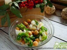 Sałatka z cieciorki i jajka