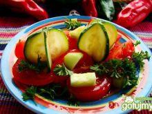Sałatka z cukinii i pomidora
