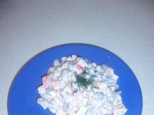 Sałatka z czerwonej i białej fasoli.