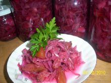 Sałatka z czerwonej kapusty z owocami
