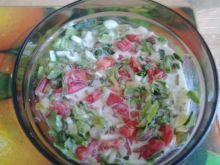 Sałatka z dodatkiem kefiru z grzybka tybetańskiego