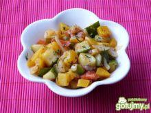 Sałatka z dyni, cukinii i pomidorów
