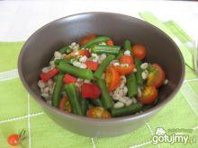 Sałatka z fasolką szparagową i pęczakiem