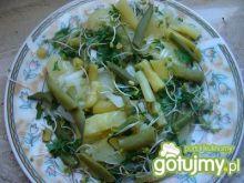 Sałatka z fasolką szparagową i ziemniaka