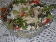 Sałatka z fasolki szparagowej z pieczark