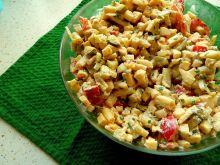 Sałatka z fasolki szparagowej z żółtym serem