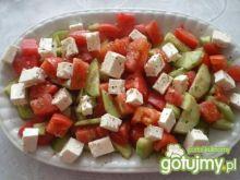 Sałatka z fety, pomidora i ogórka