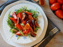 Sałatka z figą, pomidorem i makaronem