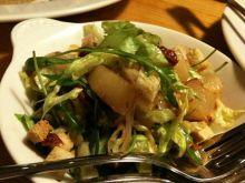 Sałatka z gorgonzolą i gruszkami