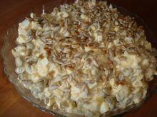 Sałatka z gotowanych pieczarek i słonecznika