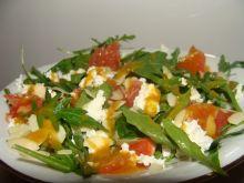 Sałatka z grejpfrutem w słodko - ostrym sosie