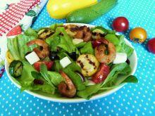 Sałatka z grillowanymi krewetkami i warzywami