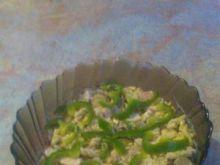 Sałatka z grzybami,szynką i makaronem