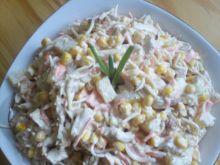 Sałatka z indyka z ananasem