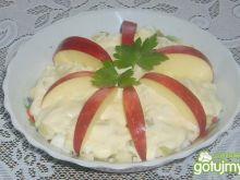 Sałatka z jabłkiem