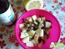 Sałatka z jabłkiem i selerem